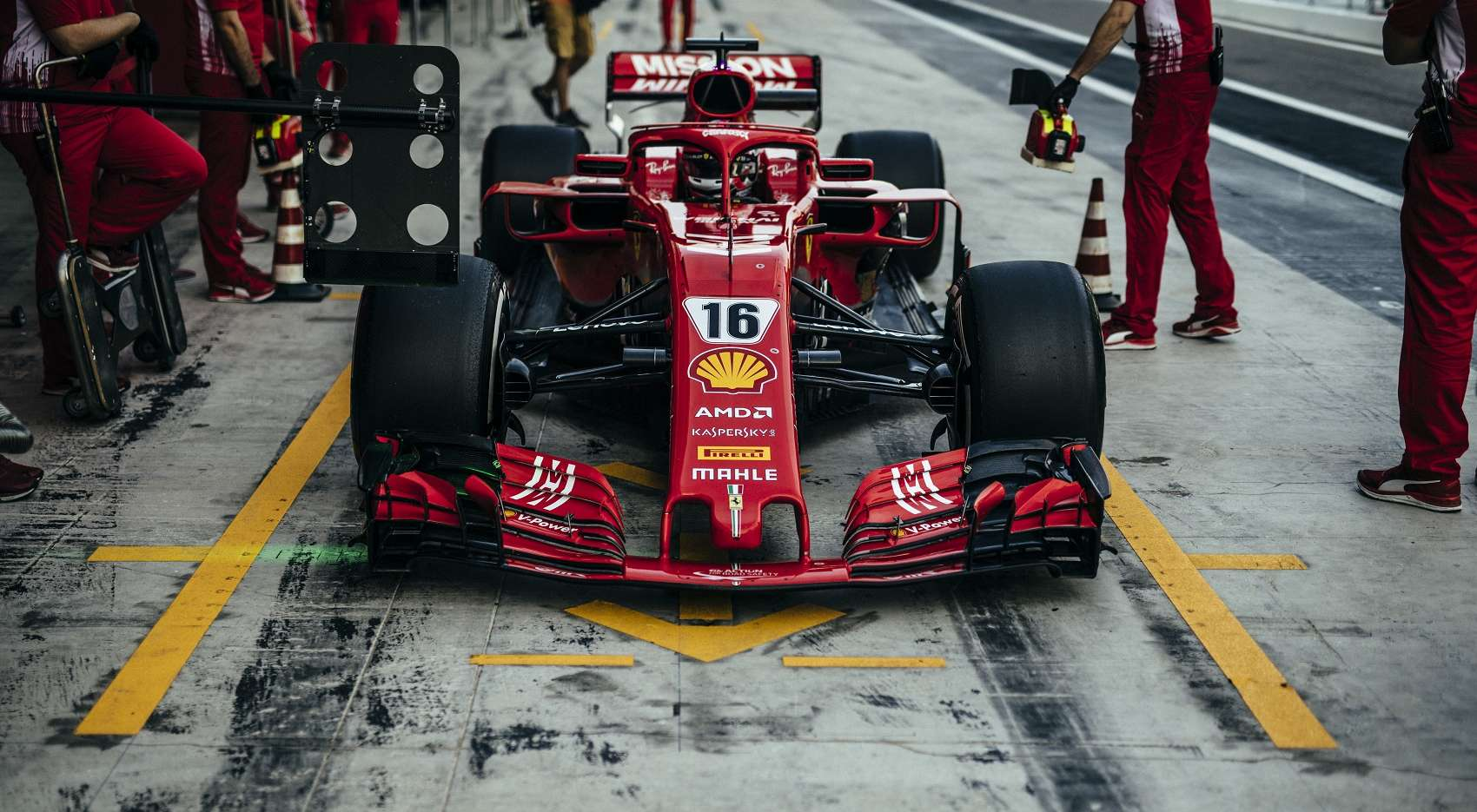 Charles Leclerc, Ferrari, Abu Dhabi teszt, racingline, racinglinehu, racingline.hu