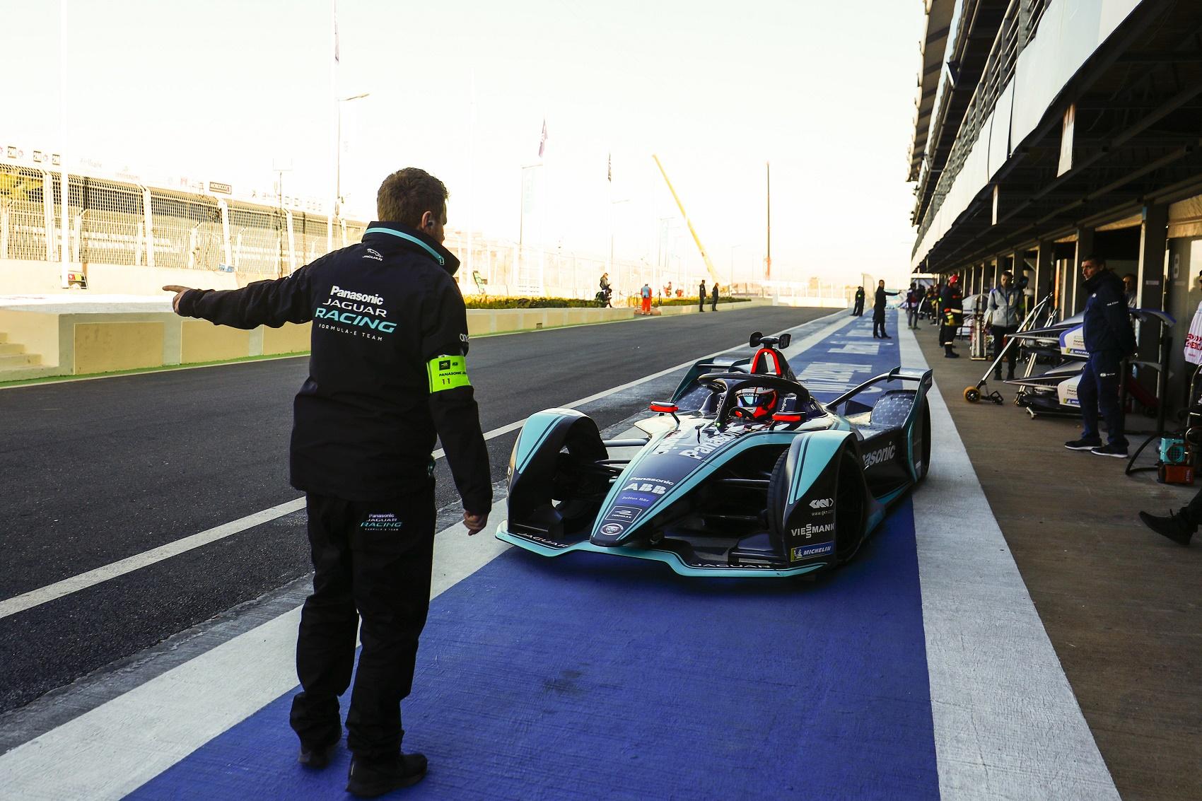 Jaguar racingline, racinglinehu, racingline.hu