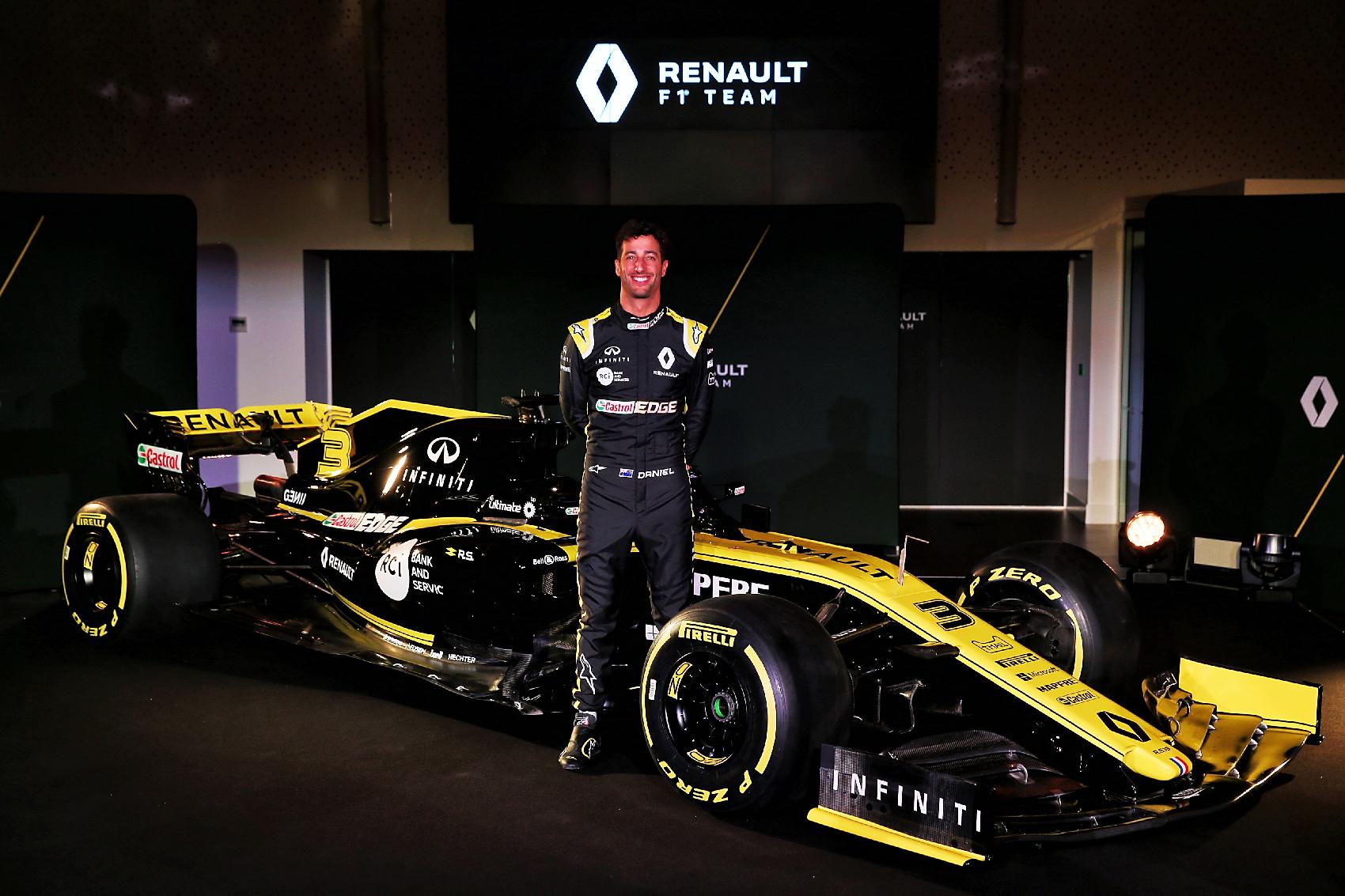 Ricciardo szerint is sokat izmosodott a Renault motor