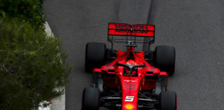Sebastina Vettel, Ferrari, racingilne, racingline.hu, racingline.hu