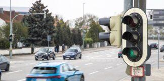 Audi, közlekedési lámpa, jelzőlámpa racingline, racinglinehu, racingline.hu