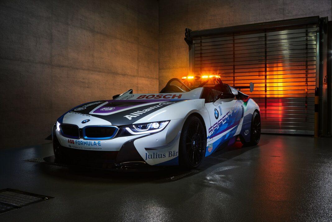 BMW i8 Roadster Safety Car, racingline, racinglinehu. racingline.hu
