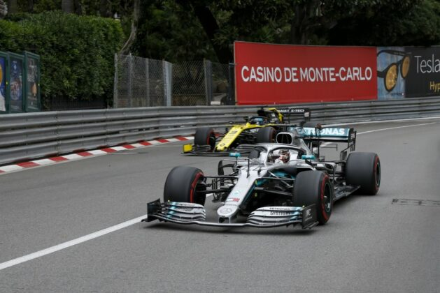 Lewis Hamilton, Daniel Ricciardo, overtake