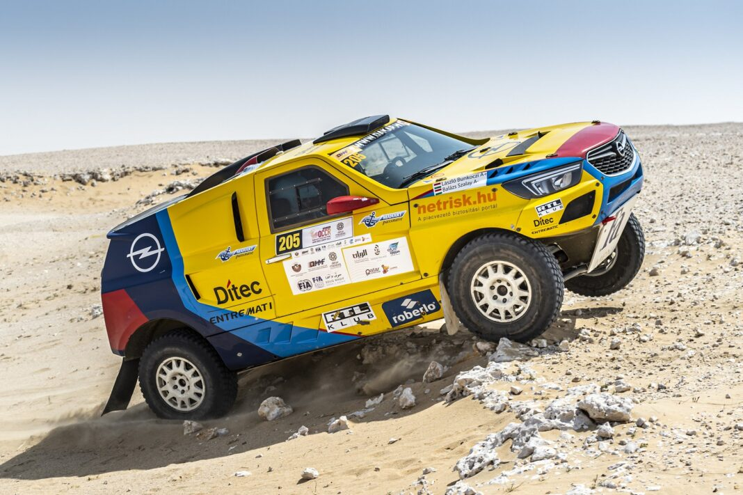 Opel dakar team