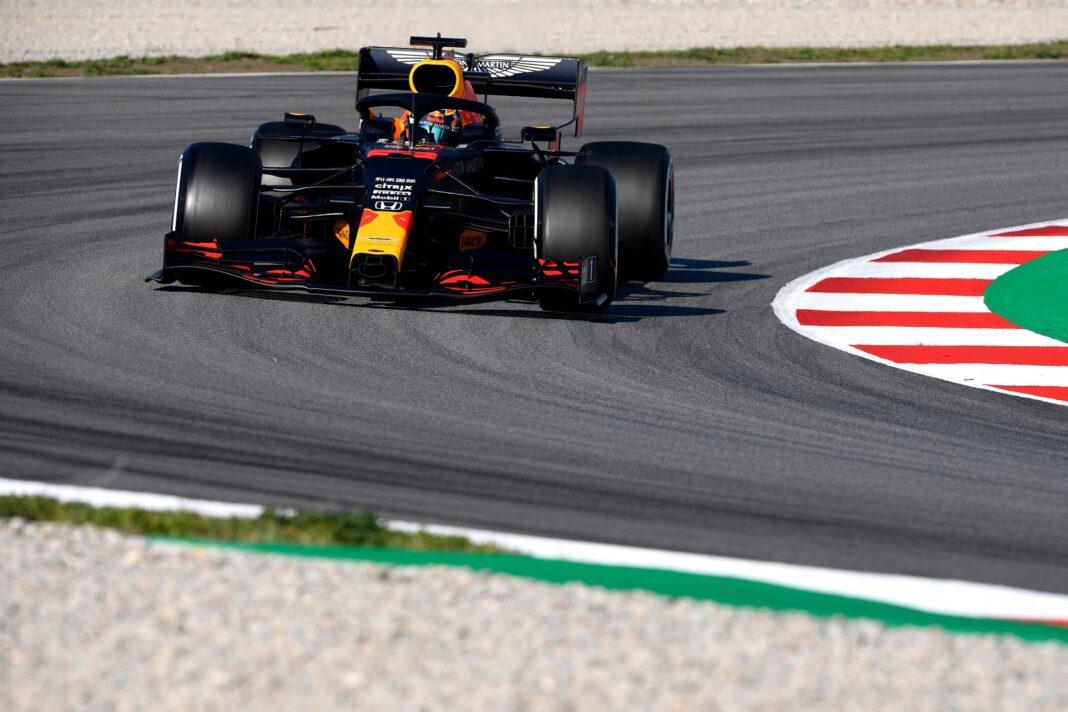 Red Bull Racing Alexander Albon (1)